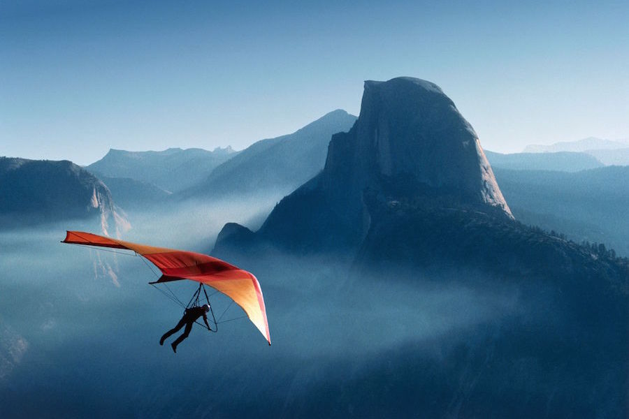 hang glider image for marketing with teeth